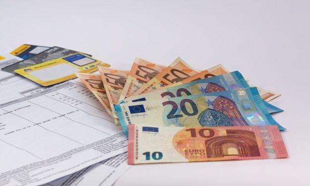 Comment les expatriés peuvent-ils gérer leurs finances tout en vivant à l'étranger ?